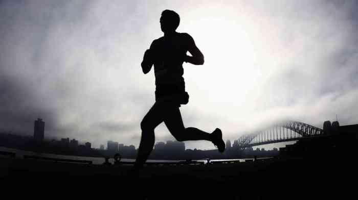 running-sydney_wide-66de7af7e96461730a2d63d24d3c1af426af2610-s6-c30